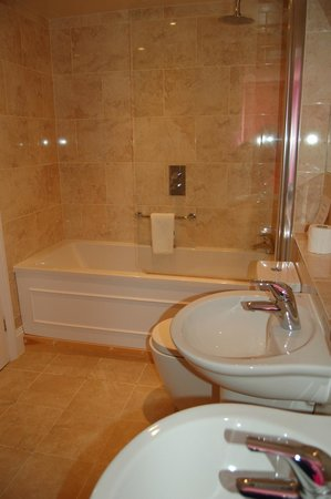 The Fisherbeck : bathroom