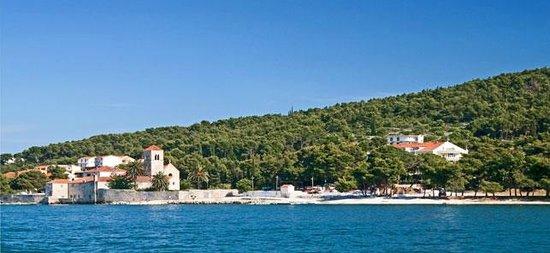 Hotel Sveti Kriz: grounds