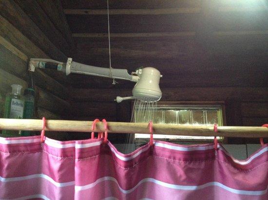 Pedacito de Cielo : Duschbrause elektrisch für Warmwasser