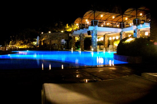 The Marmara, Bodrum: the pool area at night
