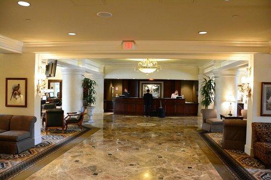 Hilton Columbia Center : Lobby area