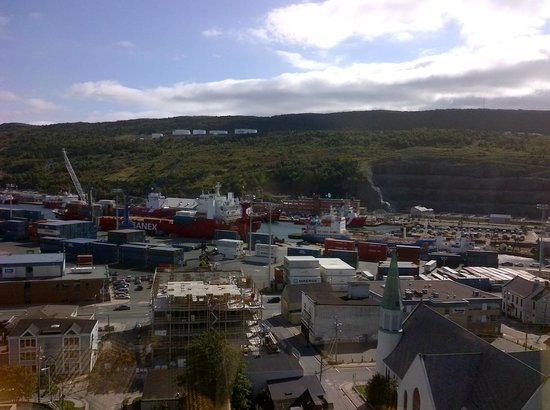 Delta St. John's Hotel and Conference Centre: View of the harbour