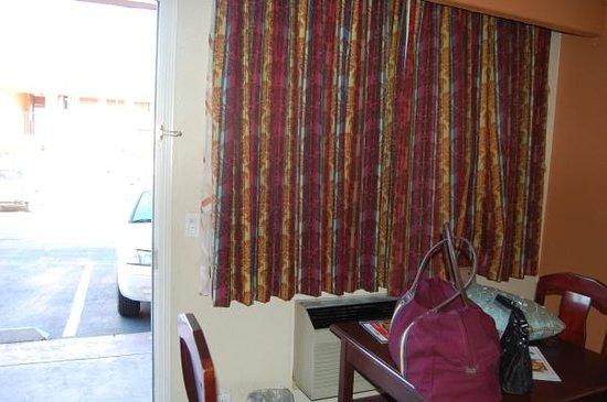 Cassia Hotels : Vista do estacionamento