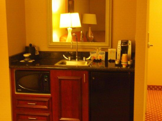Hilton Garden Inn Omaha West: Kitchen Area