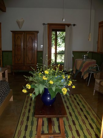 Boonville Hotel: Fresh flowers