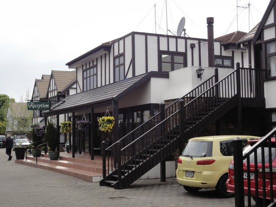 Heartland Hotel Cotswold : Reception