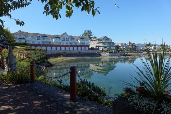Brentwood Bay Resort & Spa : Sidney Harbour