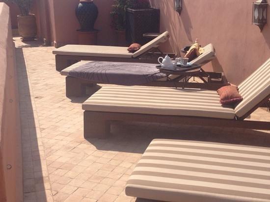 Riad Al-Bushra: afternoon tea on the roof terrace
