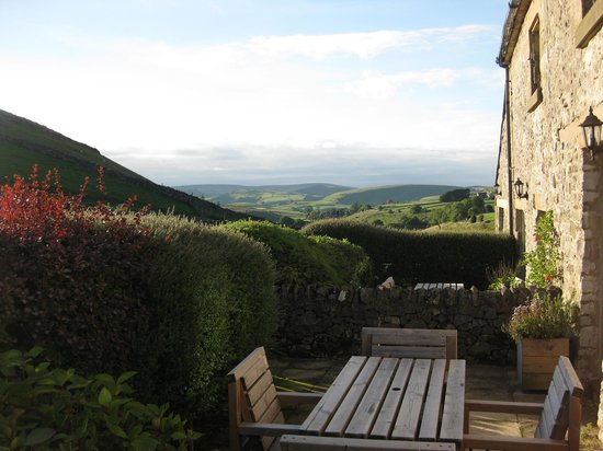 Wheeldon Trees Farm Holiday Cottages: View from back of Lomas Cottage