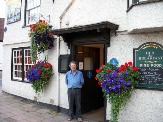 The White Bear: Geoff the Landlord