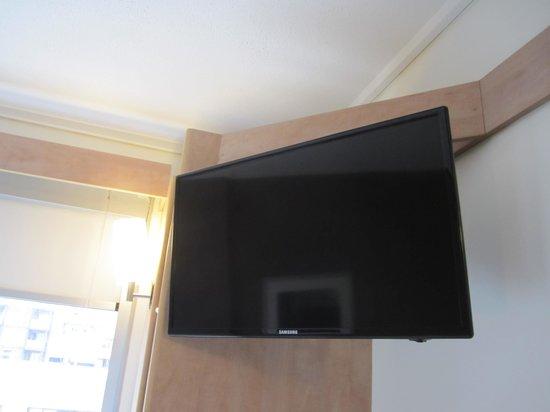 Ibis Sydney Darling Harbour: Upgraded TV