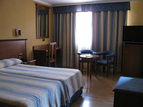 Hotel Alixares: Chambre à coucher