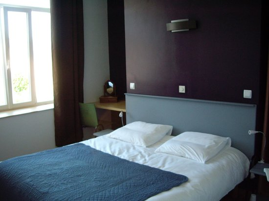 Chambres d 39 hotes 5 bis guesthouse reviews sees for 5 lasserre chambre hotes