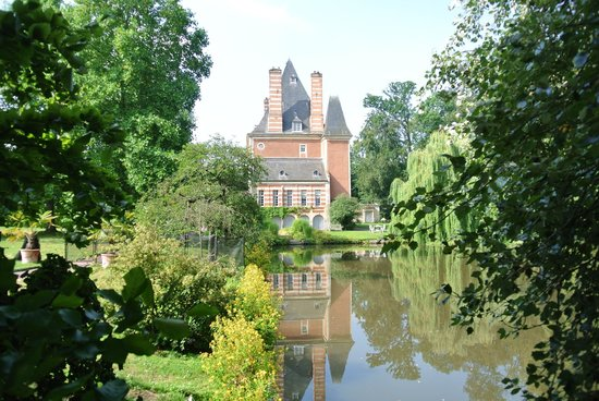 Chateau de Beneauville : The Chateau