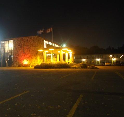 Rodeway Inn : Photo de soir - 20 septembre 2013.
