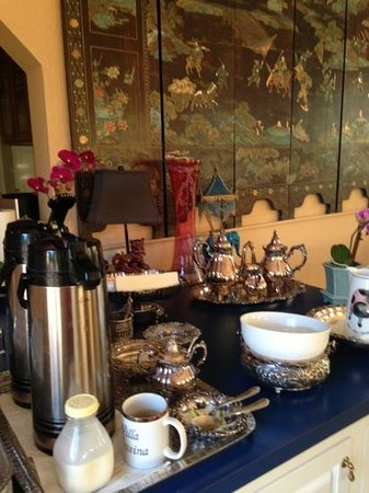 Bella Villa Messina Bed and Breakfast: delicious coffee!