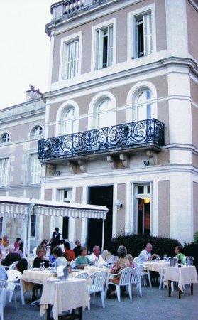 le chateau du clos de la ribaudiere : clo de la ribaudiere - restaurant terrace