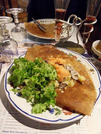Dan Ewen : Typical savoury crêpe