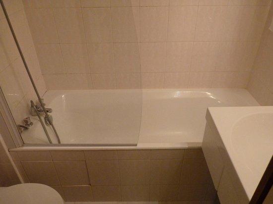 Hotel Le Mouton Blanc: Baño