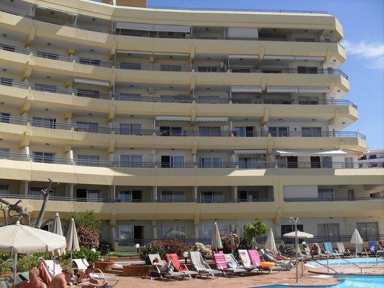 Piscina picture of hovima santa maria costa adeje for Aparthotel jardin caleta costa adeje tenerife