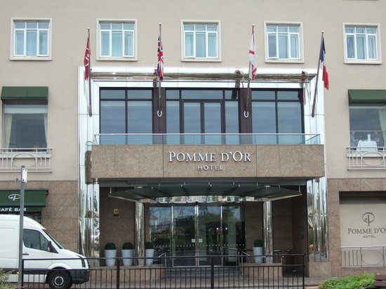 Pomme d'Or Hotel: The Hotel