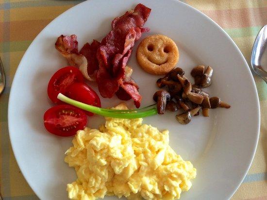 Thanda Vista: Ein Lächeln zum Frühstück!!! :-)