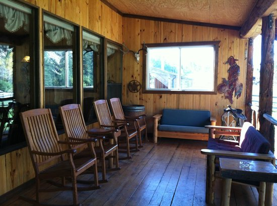 North Fork Ranch: The porch with a view of the river right in front of you!