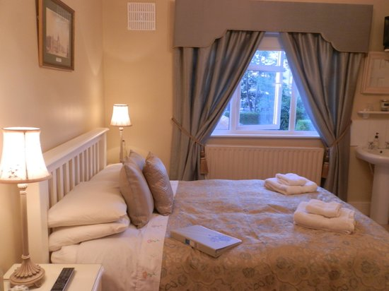 Beech Lodge B&B: Lovely comfy bed