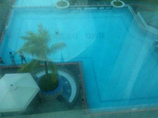 Novita Hotel : Swimming pool