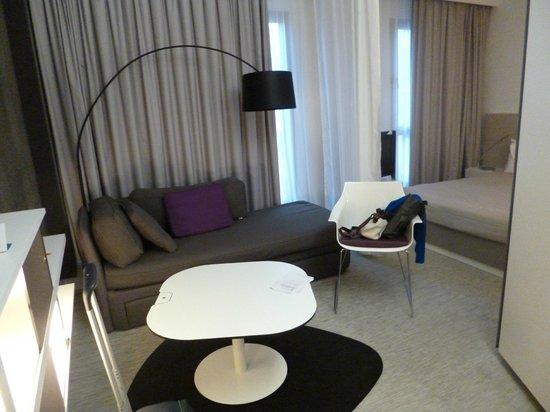Novotel Suites Malaga Centro: Diván