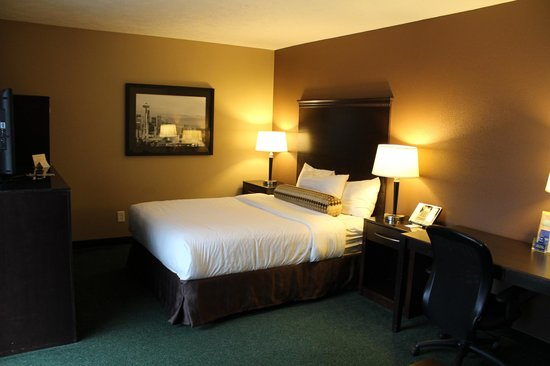 La Quinta Inn & Suites Seattle Downtown : King Bed