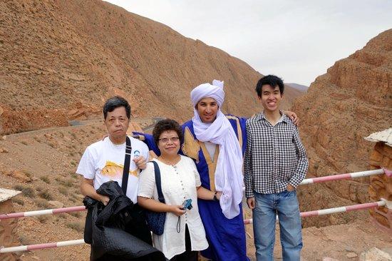 Best Of Merzouga - Day Tour: Hanssan 與我的家人