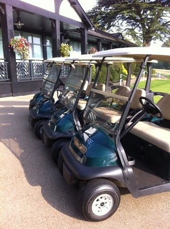 The Mere Golf Resort and Spa: golf buggies