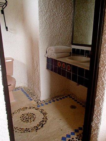 Hotel Xbalamqué Resort & Spa: bathroom