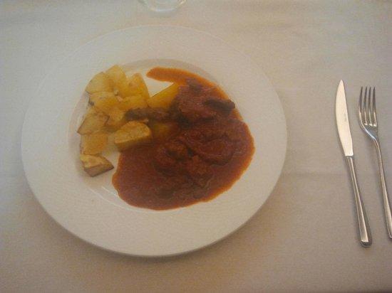 Самарате, Италия: straccetti di manzo e patate al forno