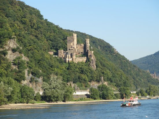KD Day Cruises: Crusing from Rudesheim to Koblenz