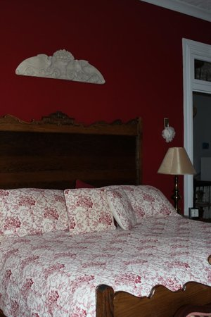 Victorian House Bed and Breakfast: Melanie's Room