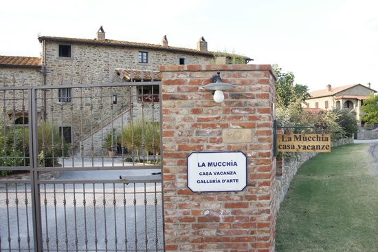La Mucchia: the house