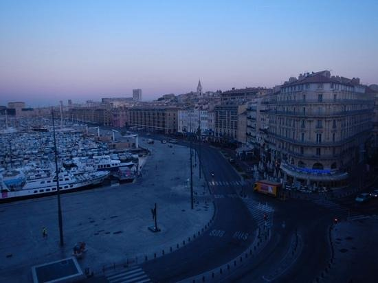 Escale Oceania Marseille Vieux Port: Morning view Superior Room