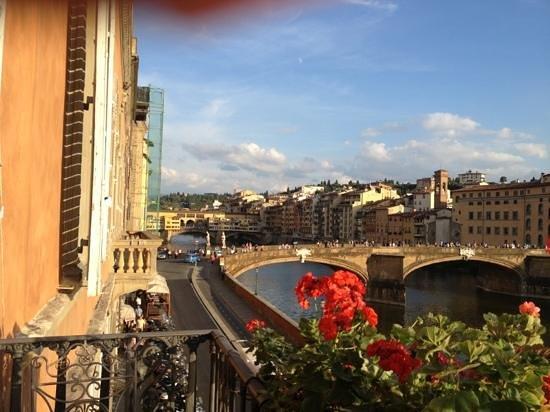Hotel Bretagna : Reception balcony view