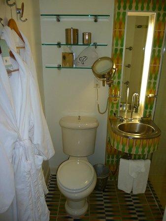 The Hotel of South Beach: Salle de bains