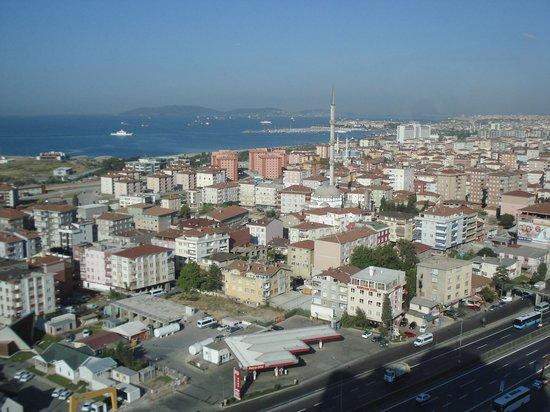 Divan Istanbul Asia : View to seaward