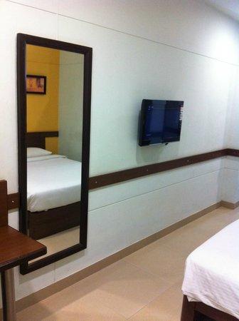 Ginger Mumbai Mahakali: Room View (6)