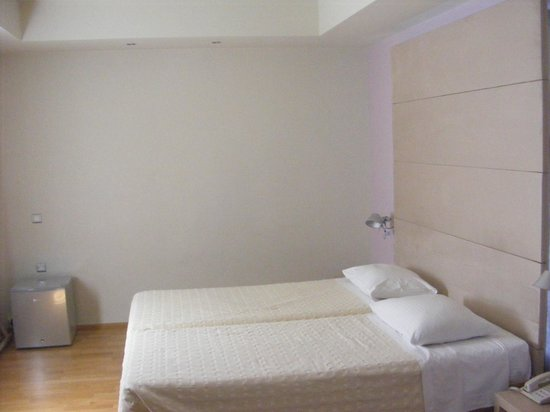 Hotel Olympia: Double room vith extra bed