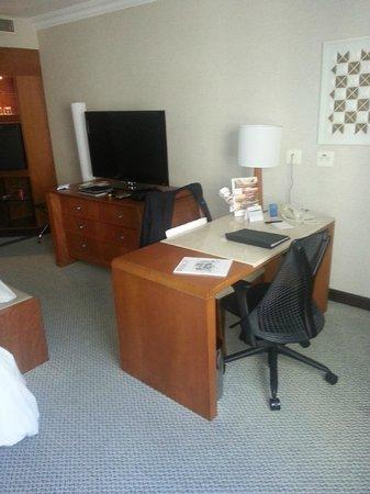 Melia Brasil 21: Estação de trabalho no quarto