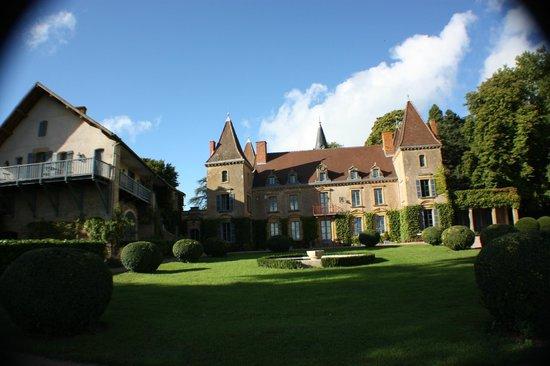 kleines m rchenschlo picture of chateau de vaulx saint julien de civry tripadvisor. Black Bedroom Furniture Sets. Home Design Ideas