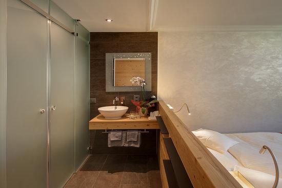 Hotel Eden Wellness: Doppelzimmer zur Talseite