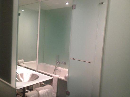 INNSIDE by Melia Dusseldorf Derendorf: Bathroom