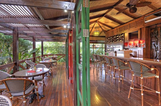 Nayara Resort Spa & Gardens: Nostalgia Wine Bar