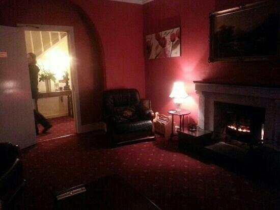 Glencar House: Fernsehzimmer